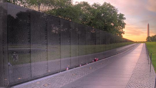 Desaparecidos en combate: Vietnam Veterans Memorial Wall